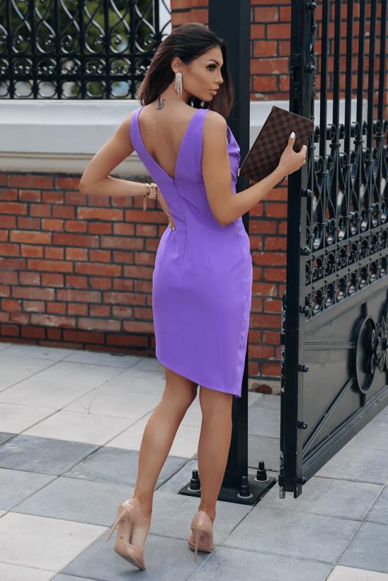 RUTH violet
