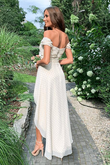 Jasna sukienka na wesele