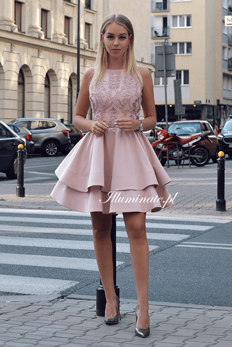Jasmin pudrowo rozowa sukienka