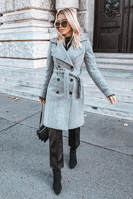Ocieplany szary zimowy płaszcz