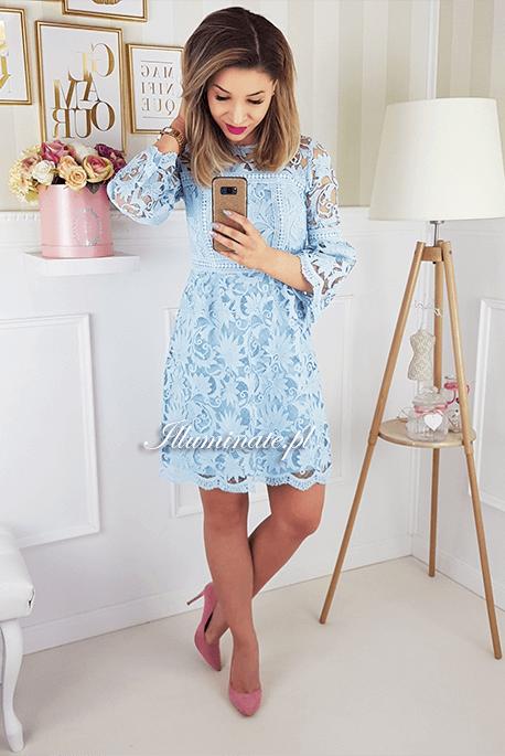 Madlen błękitna koronkowa sukienka dla mamy